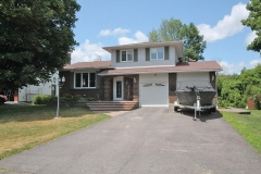 Real Estate Listing   3 BUTTERFIELD ROAD Munster
